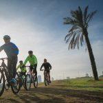 רכיבה על אופניים בפארק הירקון